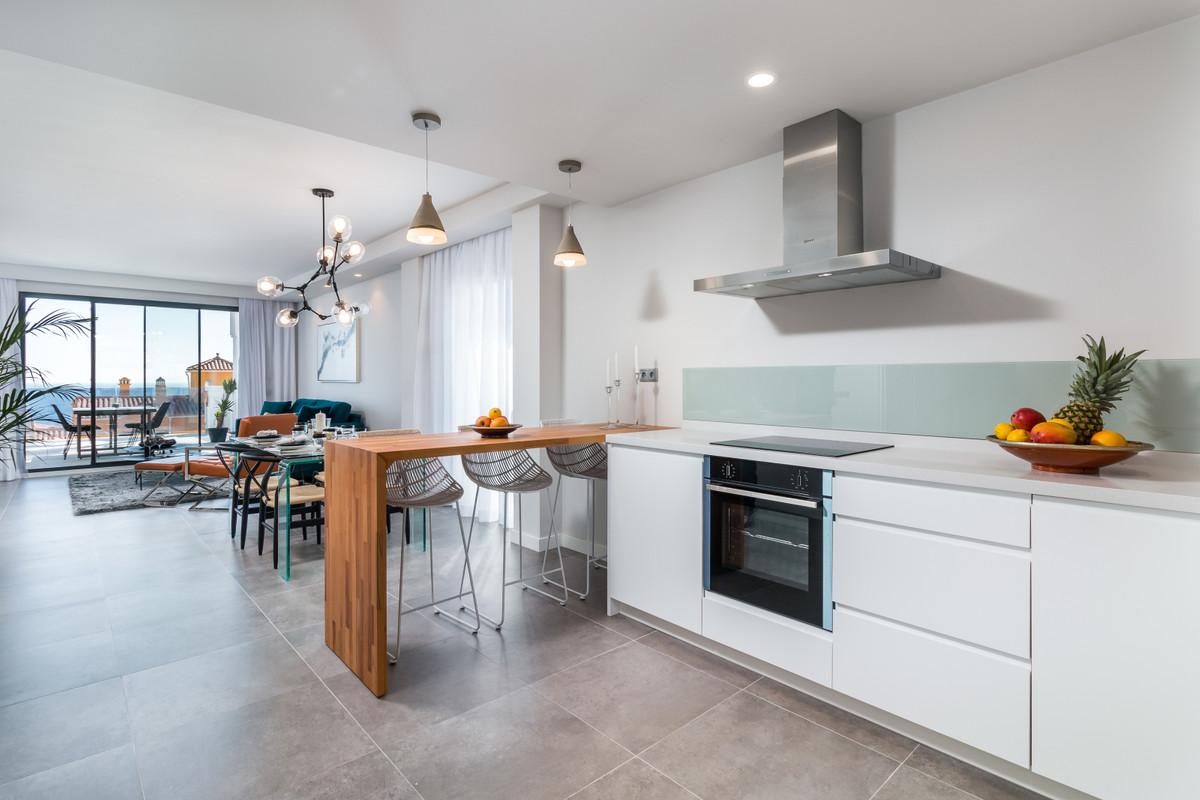 Apartment in Manilva R3386734 9