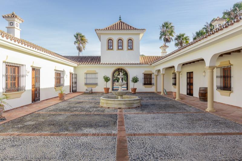 Sabinillas Villas 3