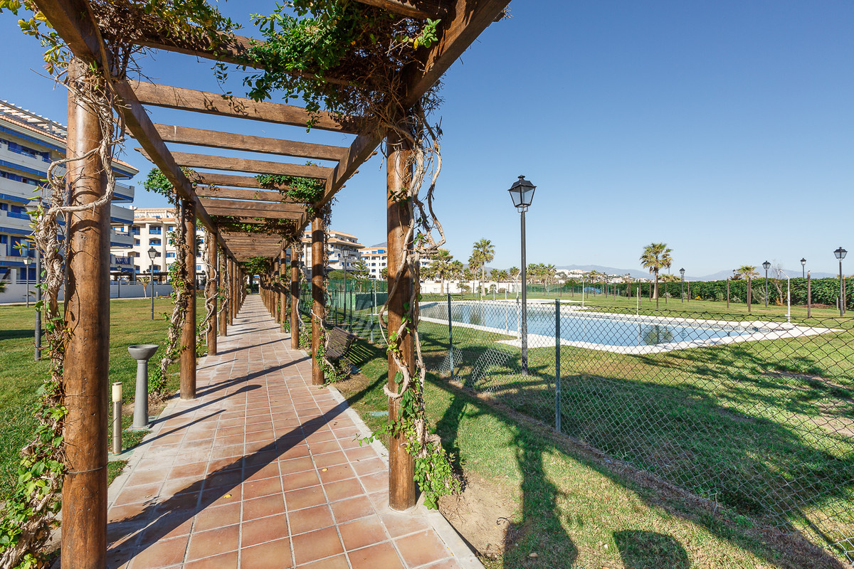 Ground Floor Apartment, San Luis de Sabinillas, Costa del Sol. 3 Bedrooms, 2 Bathrooms, Built 100 m², Spain