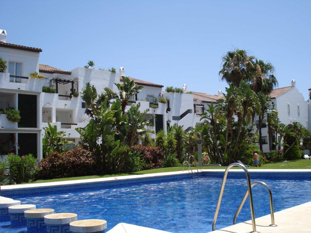 REDUCED An elegant 2 bed apt with scenic views from a large terrace. The property is in excellent or, Spain