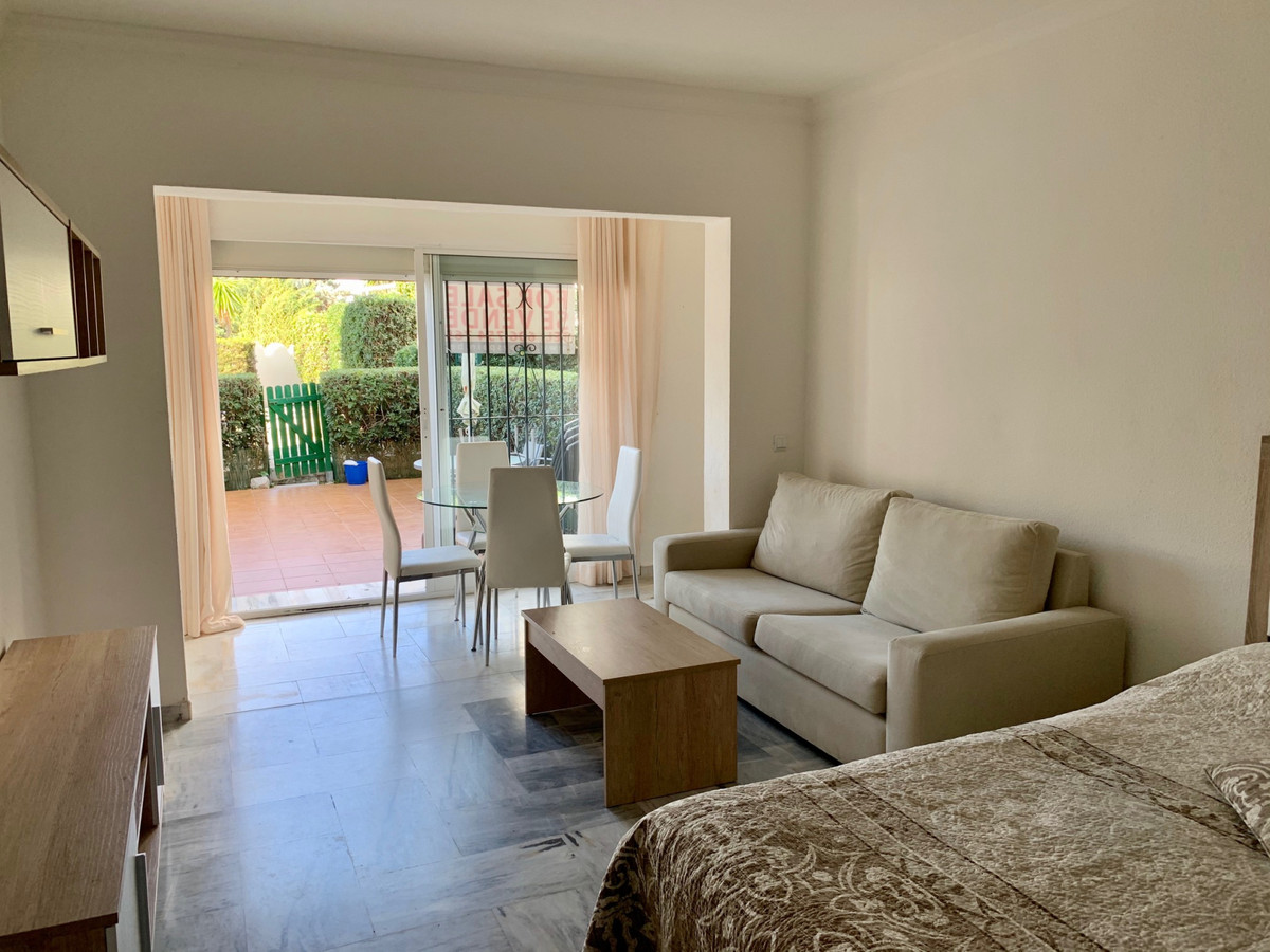 This studio is located less then 200m from the BEACH! Walking distance to the shops and restaurants ,Spain