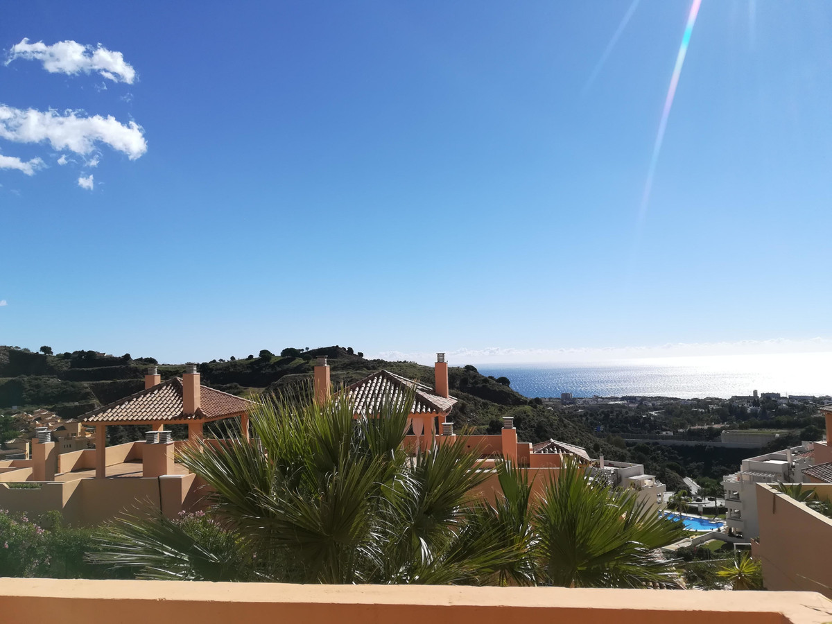 This very spacious apartment is located in a tranquil neighborhood of Calahonda were you can enjoy b,Spain