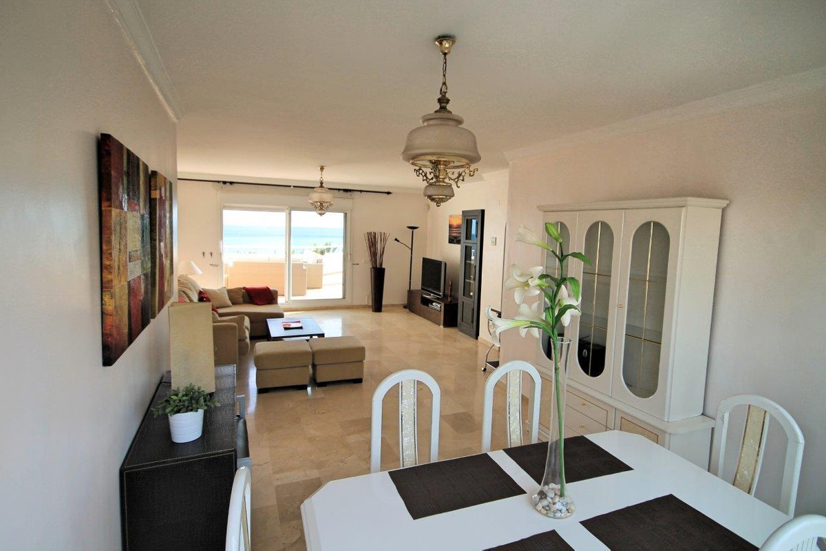 3 Bedroom Apartment For Sale, Casares Playa