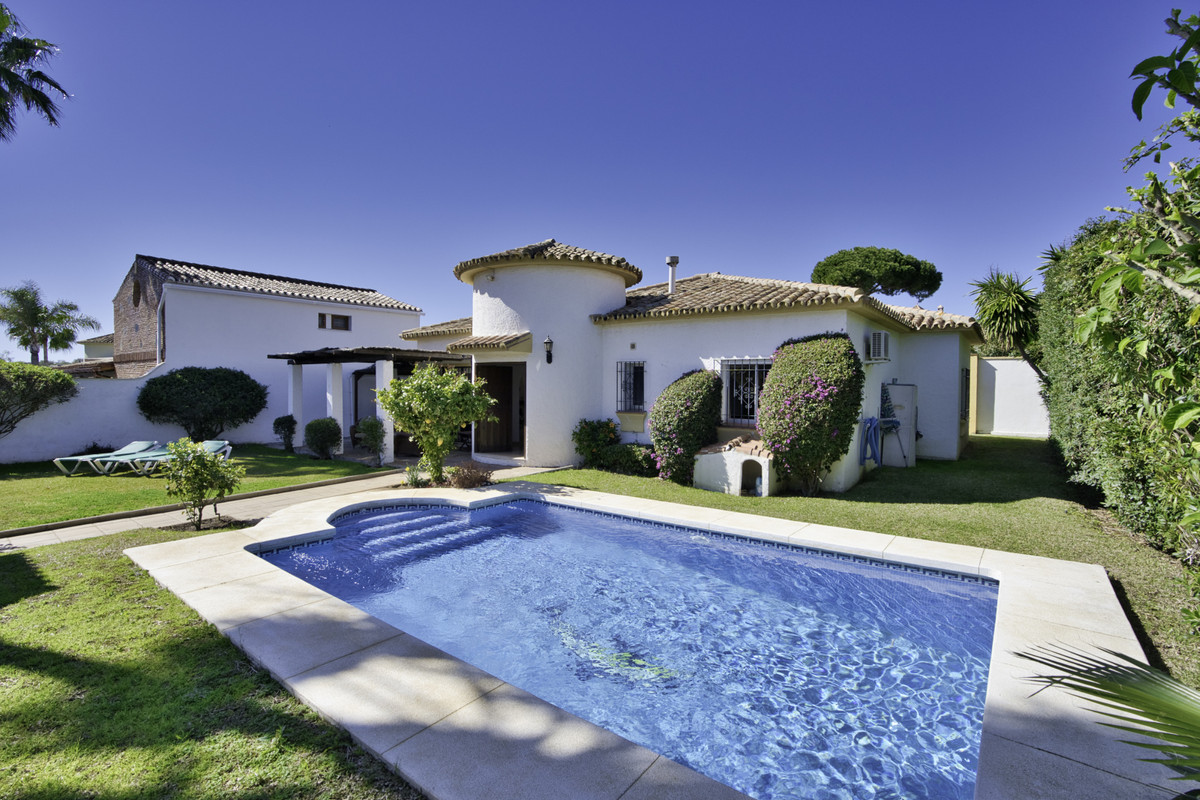 Detached Villa in San Pedro de Alcántara