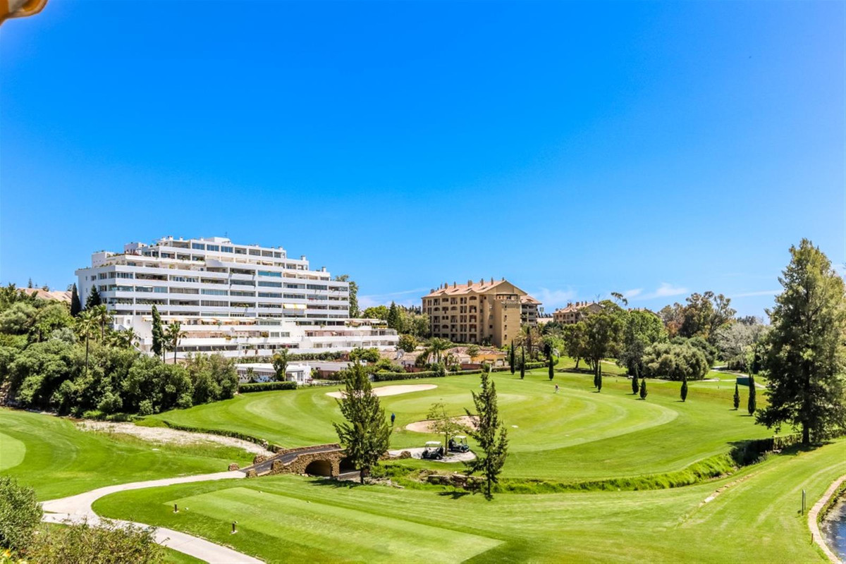 Located in Guadalmina within walking distance to the ever popular San Pedro, this extremely spacious,Spain