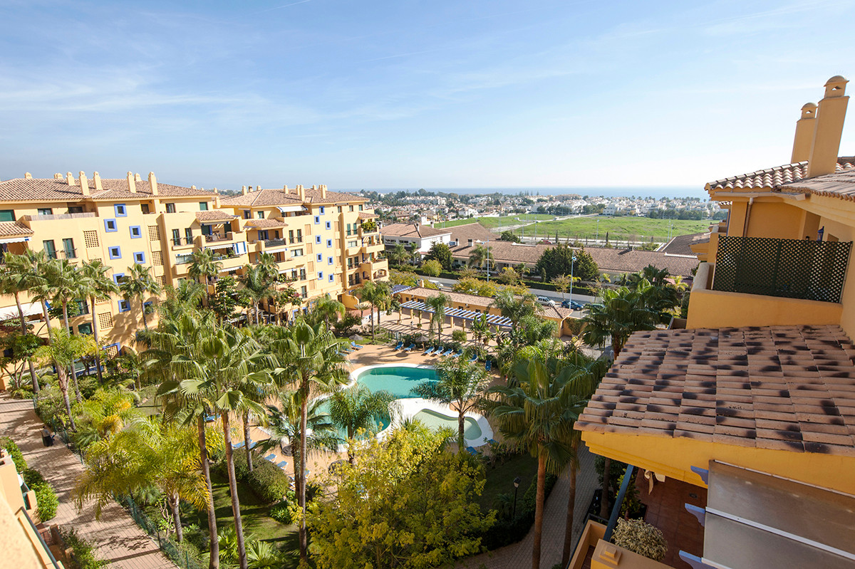 1 bedroom / 1 bathroom apartment located on San Pedro beach, close to the town and the new boulevard, Spain