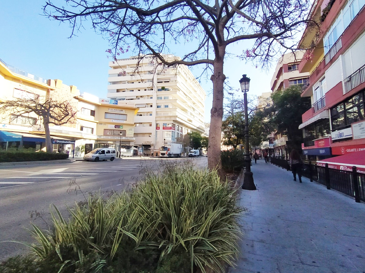 Middle Floor Apartment  Marbella