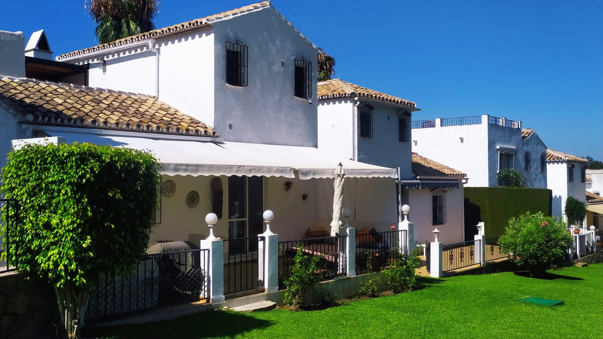 2 bedrooms Townhouse in Marbella
