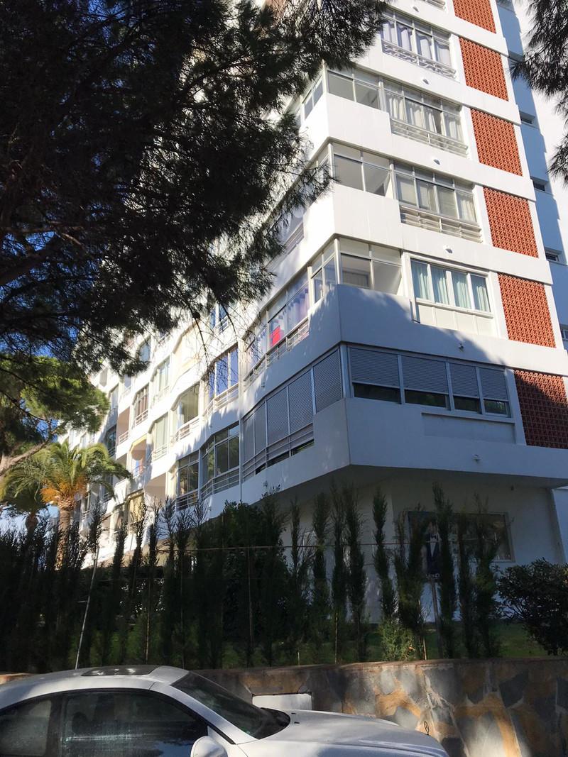 Apartamento Planta Media en venta en Marbella – R3575377