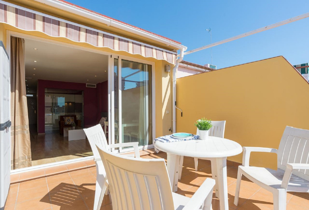 Great penthouse in a privileged area of ??Torremolinos: PLayamar. Located 500 meters from the promen, Spain