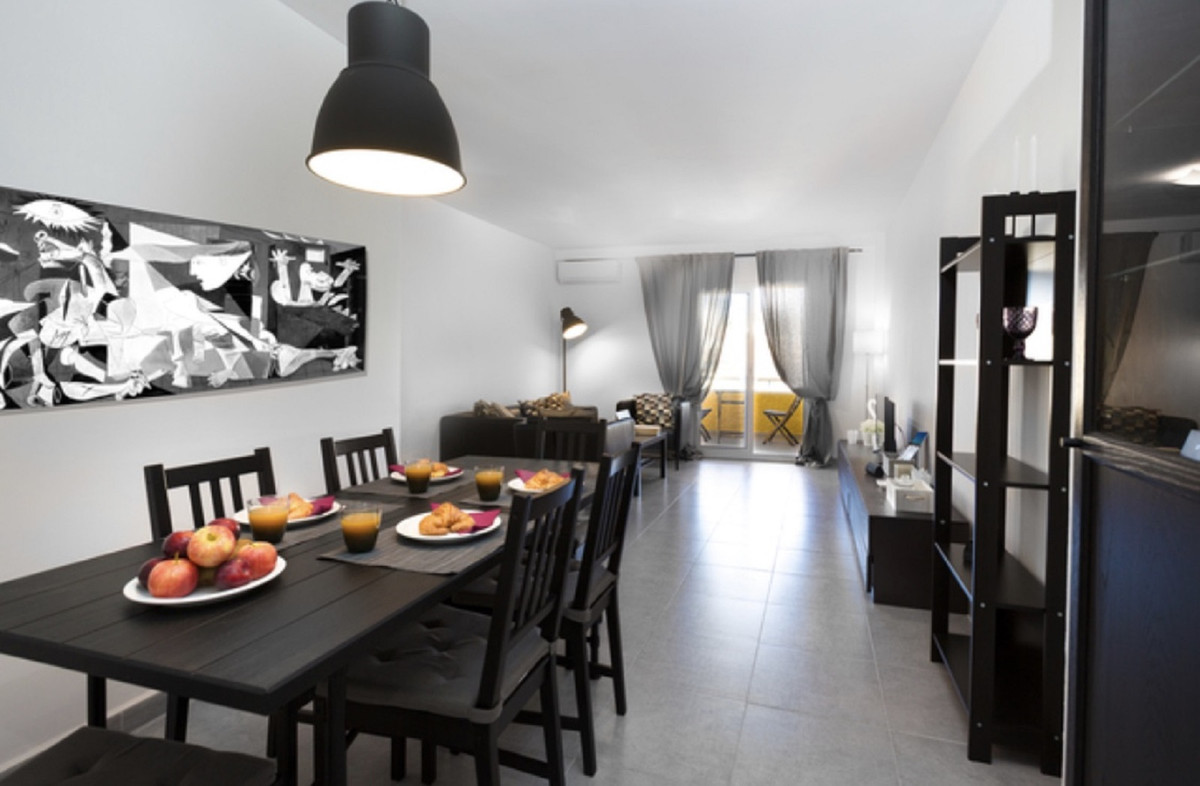 Nice three bedroom apartment with fitted wardrobes, two full bathrooms, large living room with acces,Spain