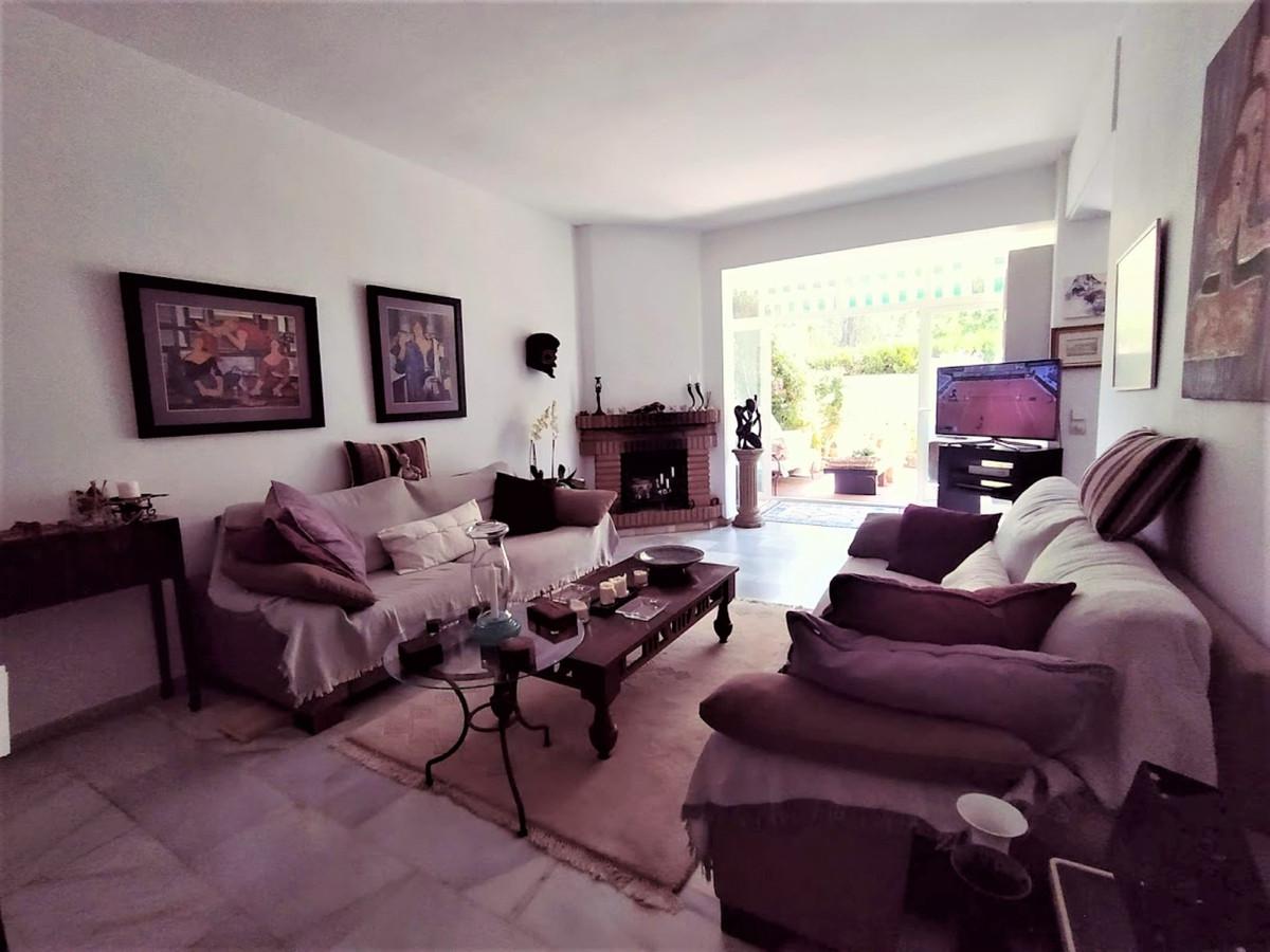 Apartamento en Venta en Marbella – R3864682