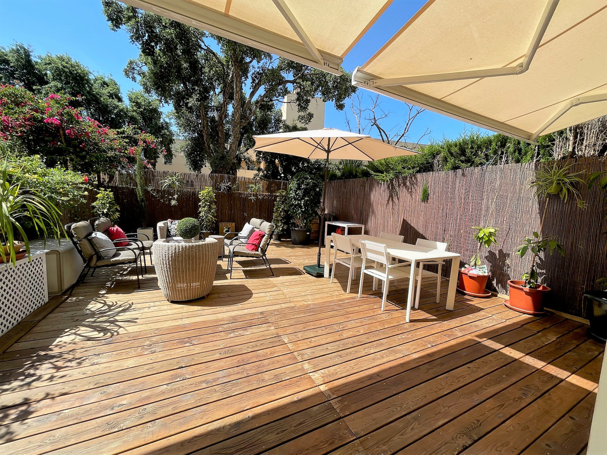 Marbella Banus Apartamento en Venta en Calahonda – R3826900