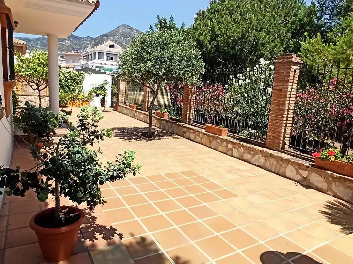 House in Arroyo de la Miel R3880978 10