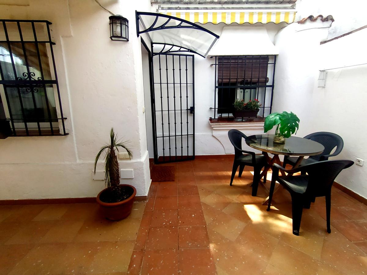 Adosado en Venta en Las Chapas – R3859144