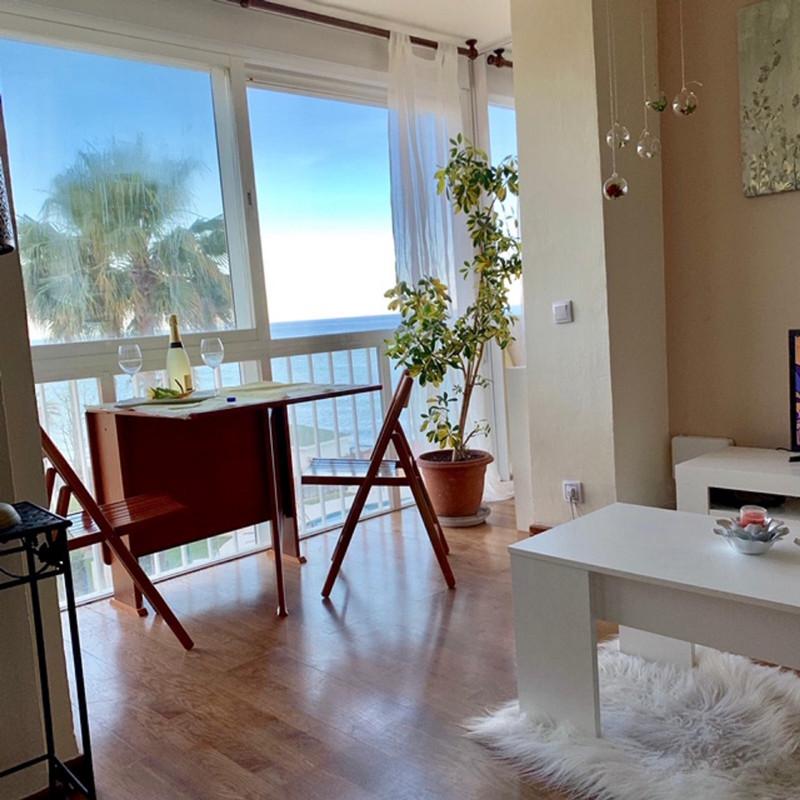 Marbella Banus Apartamento Planta Media en venta, Calahonda – R3663050