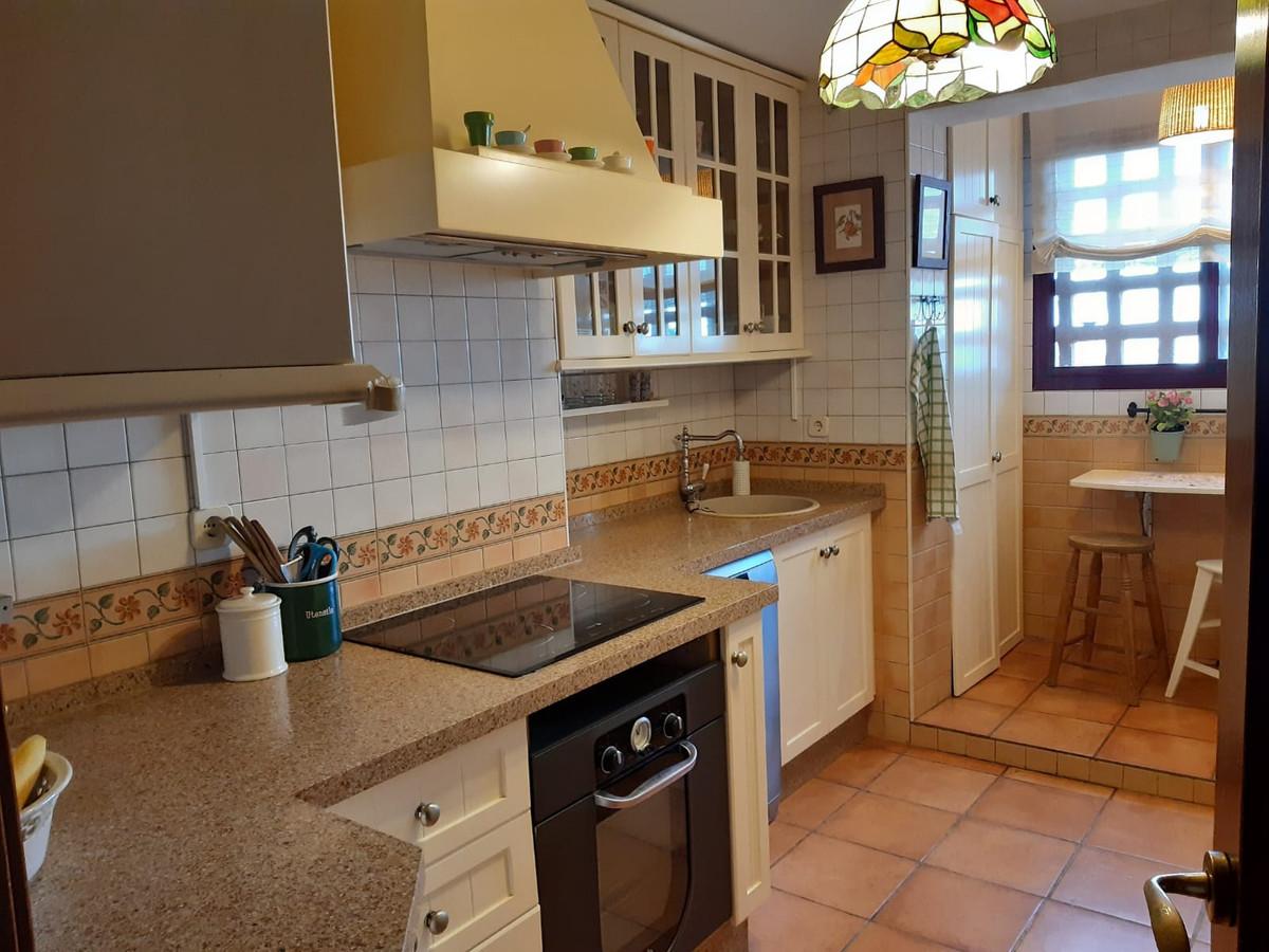 Apartamento en Venta en Calahonda – R3943618