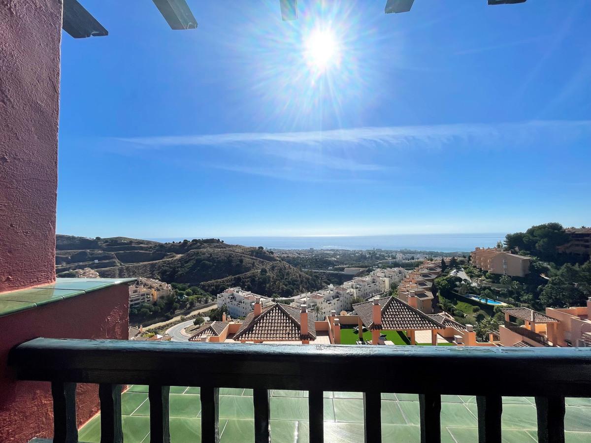 Marbella Banus Apartamento en Venta en Calahonda – R3946525