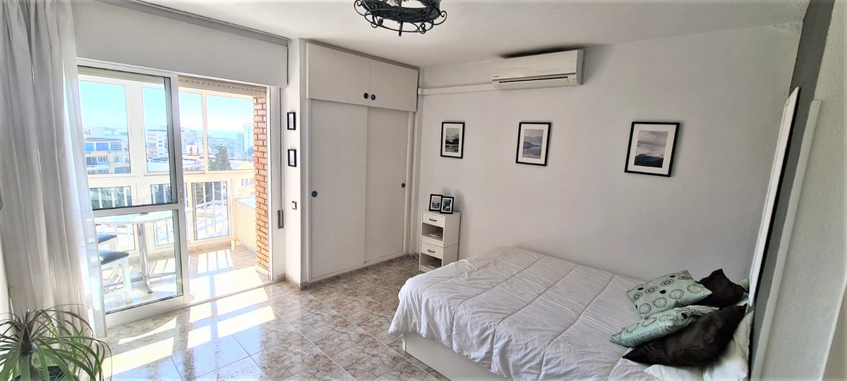 Cozy studio located in the Los Gamonales area, on the top floor, a sixth floor with open views of th, Spain