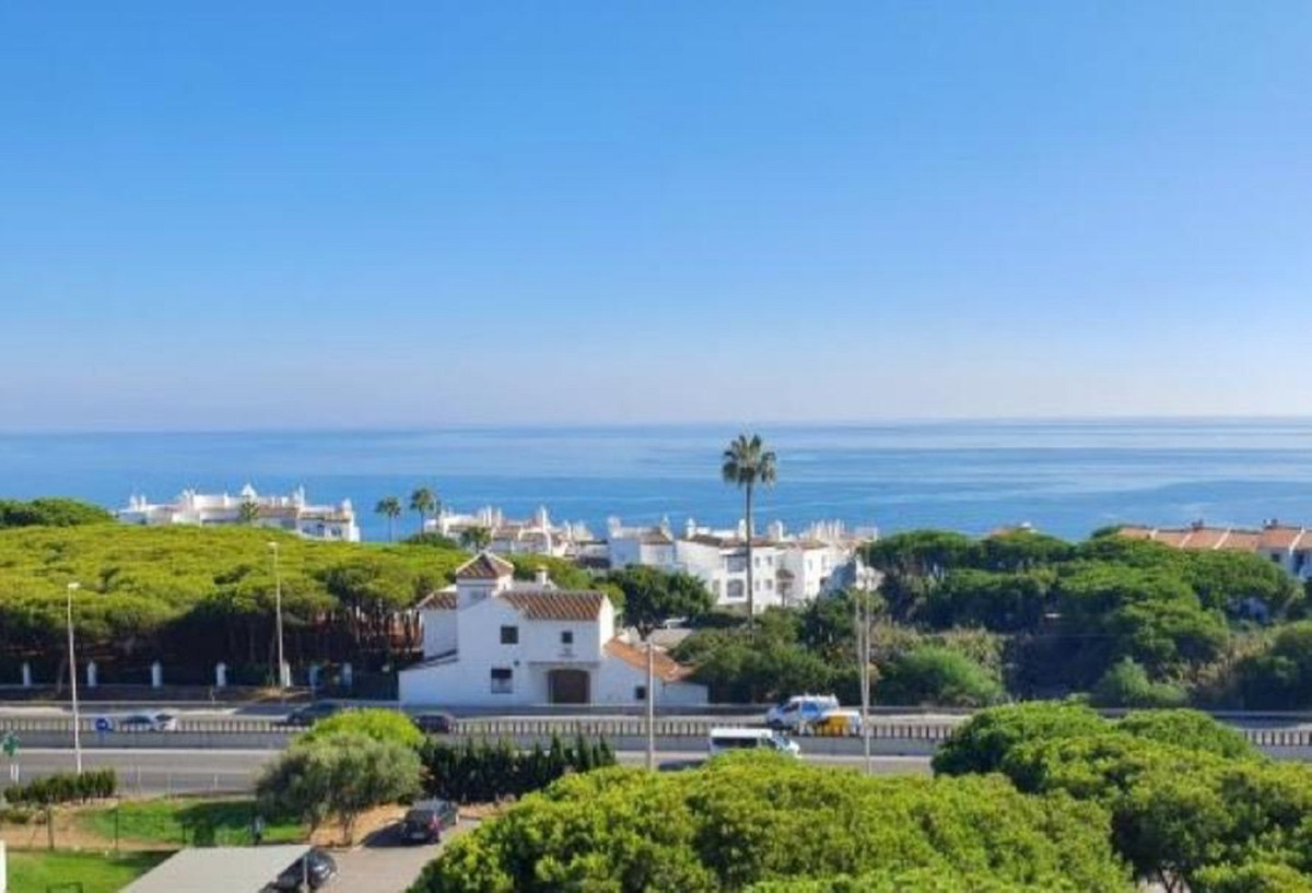 Bright studio with beautiful panoramic sea views. It is perfect as an investment, or as a vacation r, Spain