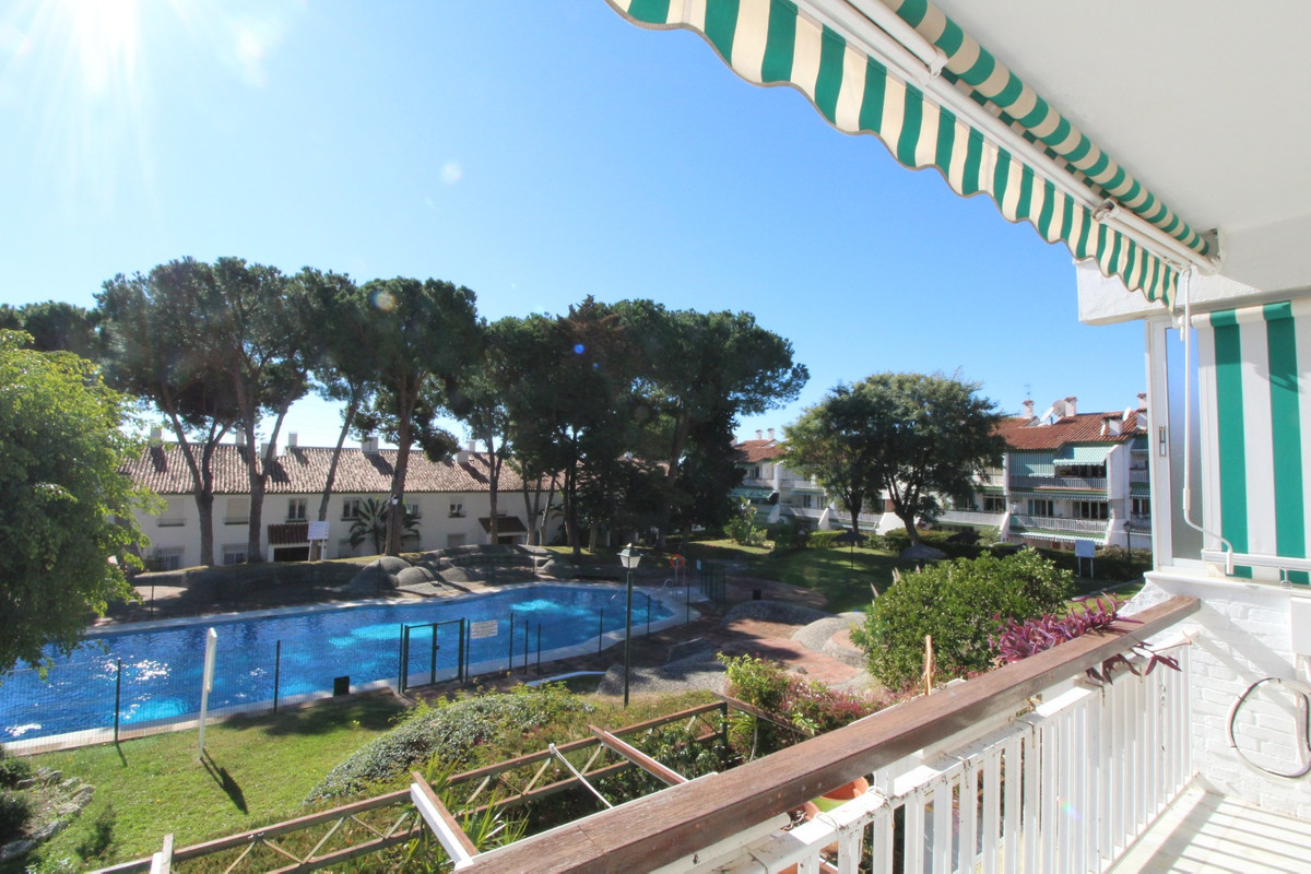 Spacious apartment located in an urbanization in one of the best areas of Marbella, in Nagueles! The,Spain