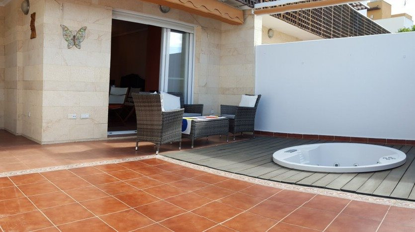 Wonderful ideal family home !!! Located in a residential area of Mijas Costa, next to the Hippodrome,Spain