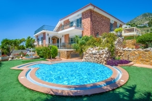 5 bedroom villa for sale benalmadena costa