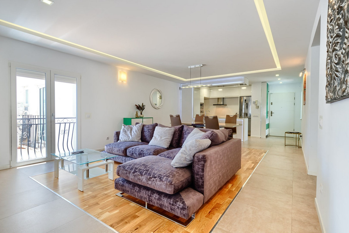 Ground Floor Apartment for sale  in Puerto Banús, Costa del Sol