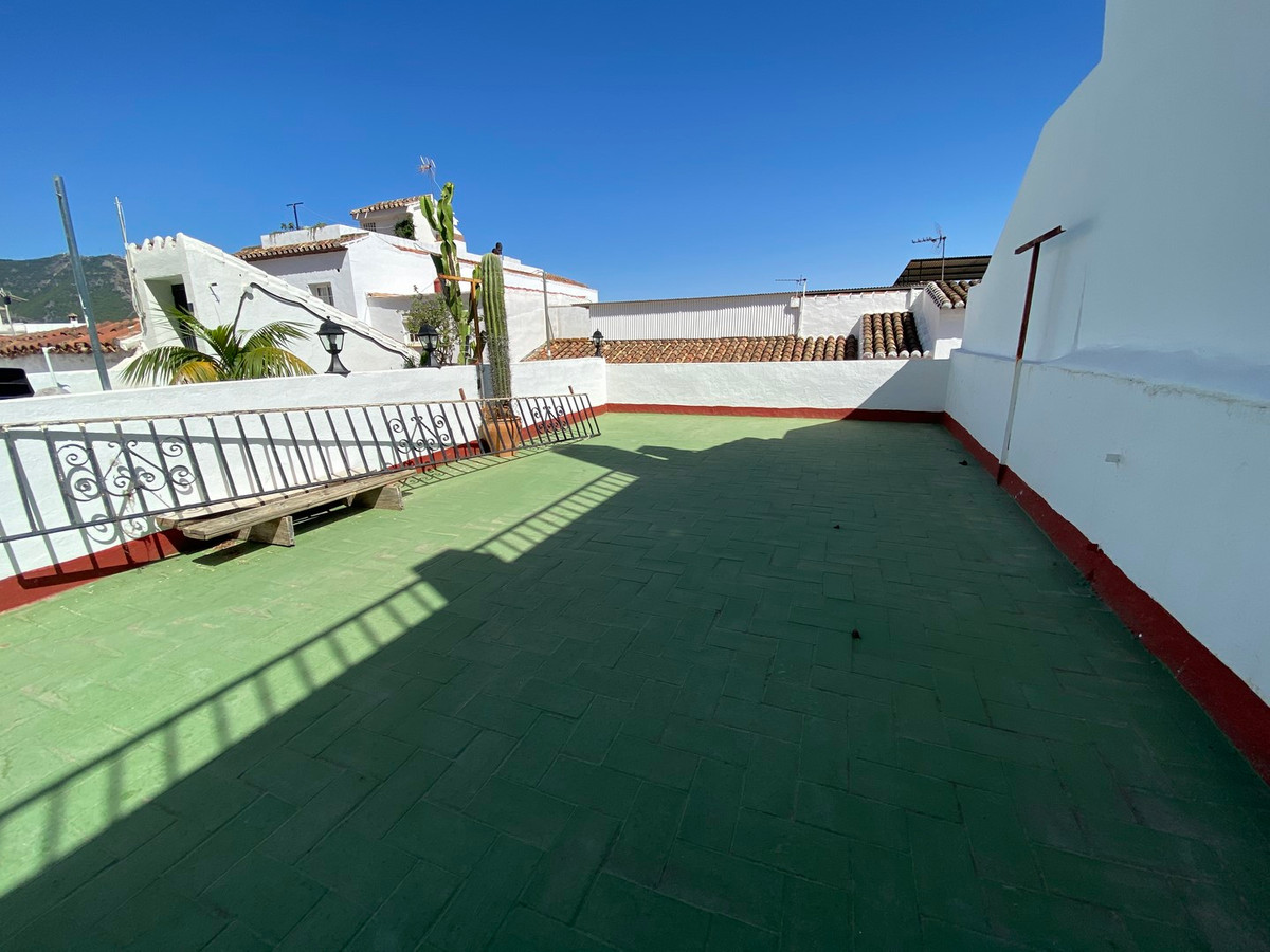 6 bedroom townhouse for sale mijas