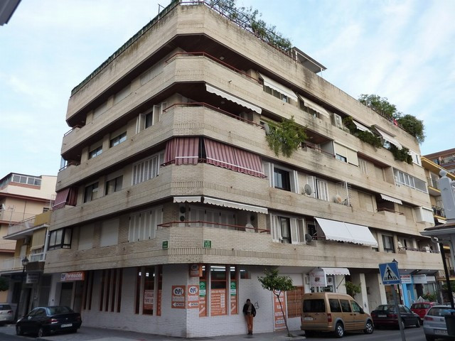 Apartment located in the Centre of Fuengirola, impressive apartment in emblematic building, 217 m bu, Spain
