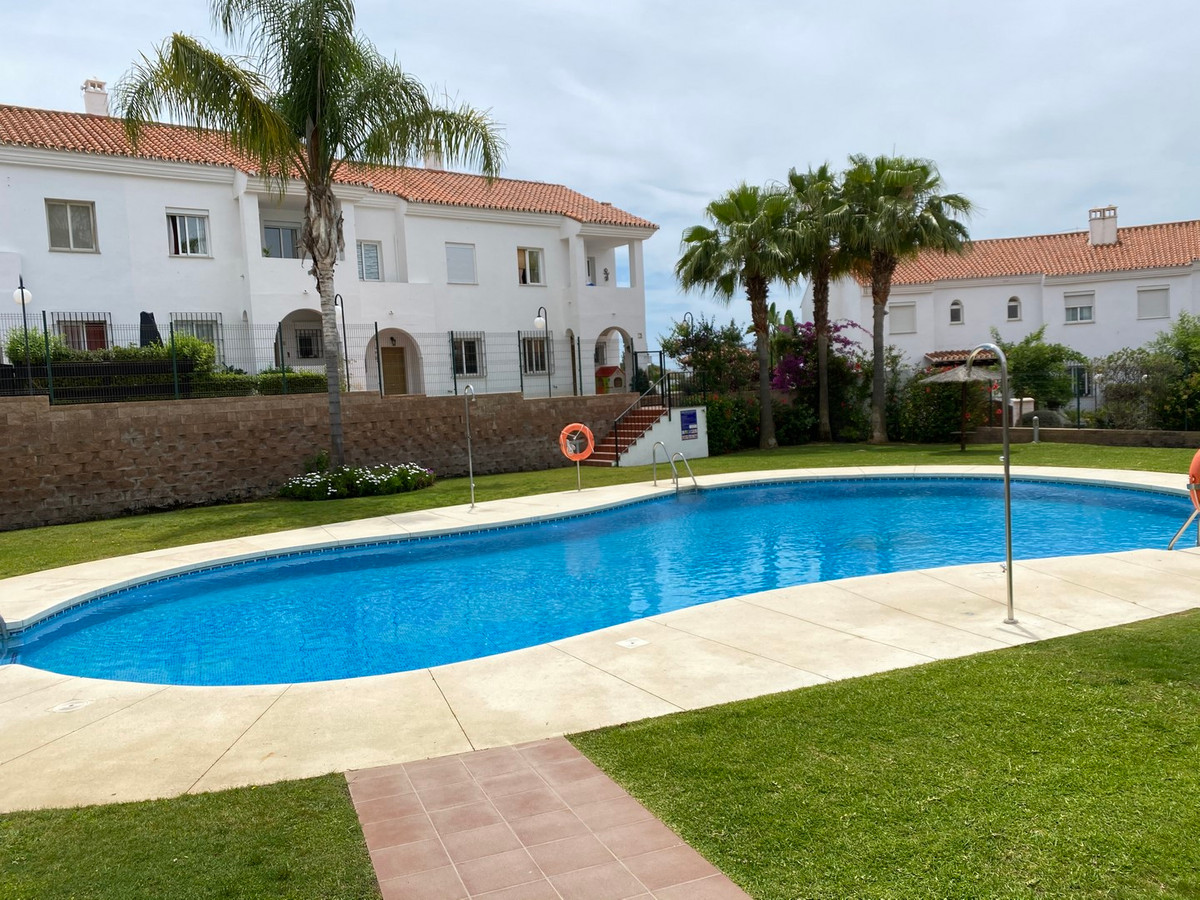Townhouse, Residential, Furnished, Fitted Kitchen, Parking: Underground, Communal Pool, Garden: Comm, Spain