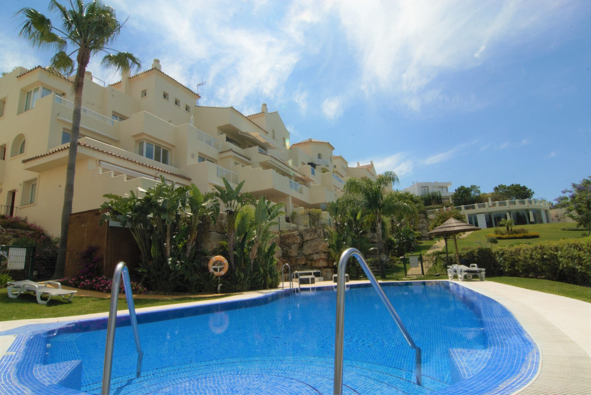 Luxury development of just 36 apartments that enjoys impressive views over Gibraltar and Africa acro,Spain