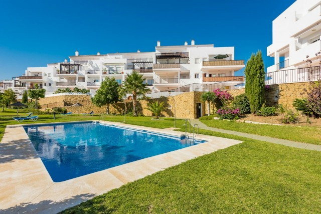 Super nice ample duplex corner penthouse with large terrace, located in Riviera del sol next to Mira,Spain