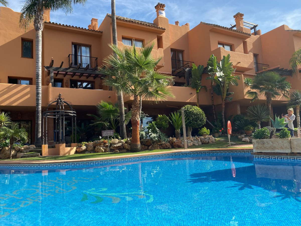 Beautiful semi-detached house in the prestigious urbanization Riviera hill club. The property has a , Spain