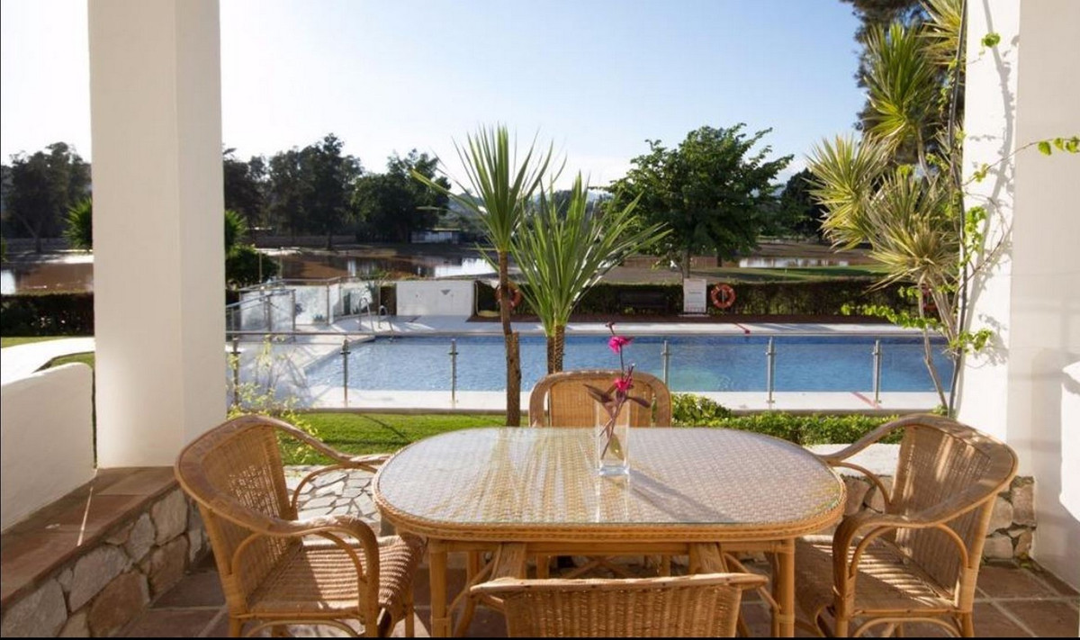 Price reduced from 175.000€ to 165.000€ for a quick sale  Great investment oportunity. Nicely decora,Spain