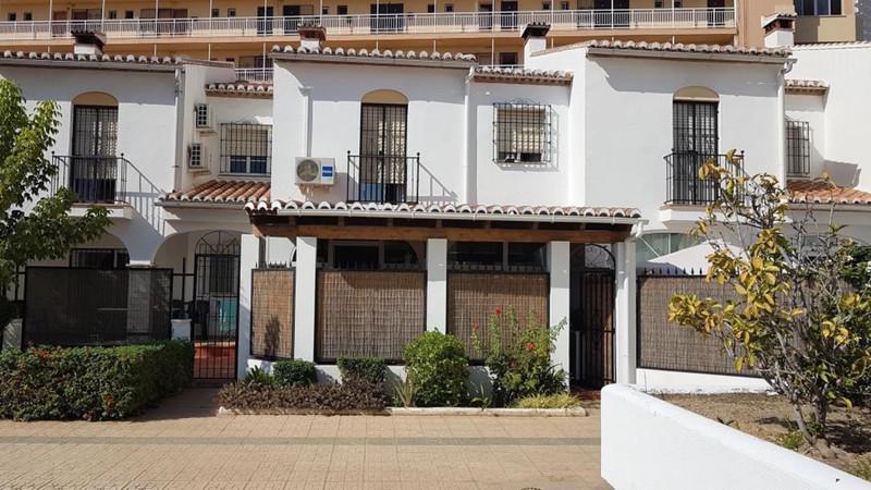 Adosada - Torremolinos - R3561157 - mibgroup.es