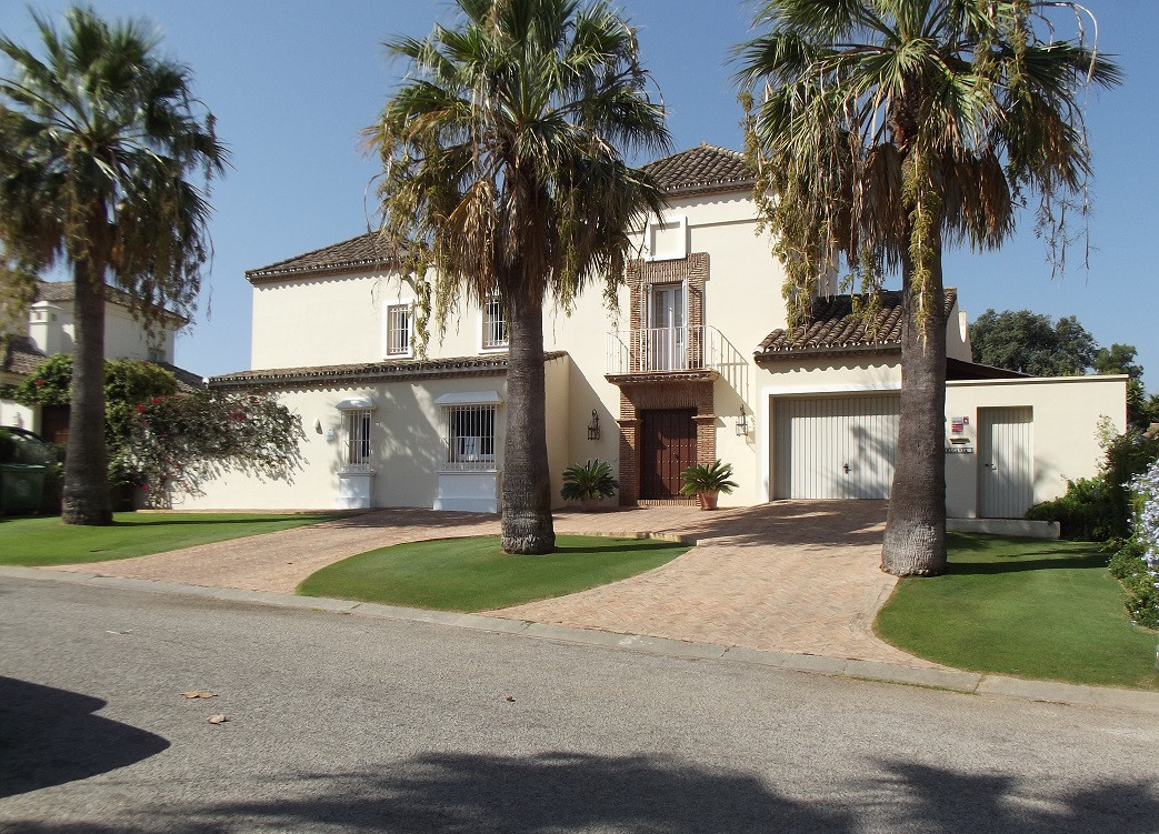5 bedroom villa for sale sotogrande costa
