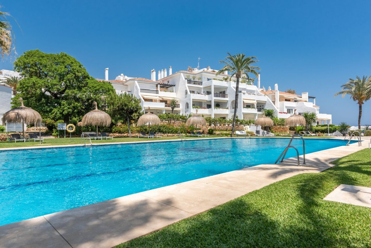 First Line of Beach - 4 bedroom townhouse located on La Milla de Oro, on the beachfront! Located wit,Spain