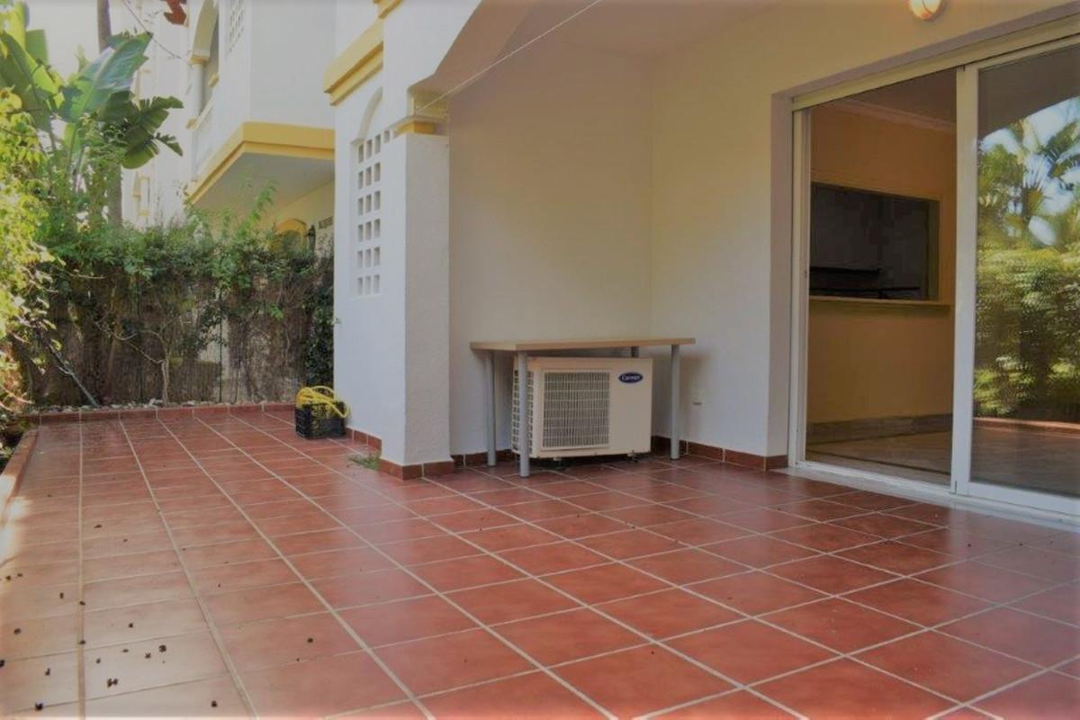 Apartamento Planta Baja en Venta en The Golden Mile – R3598163