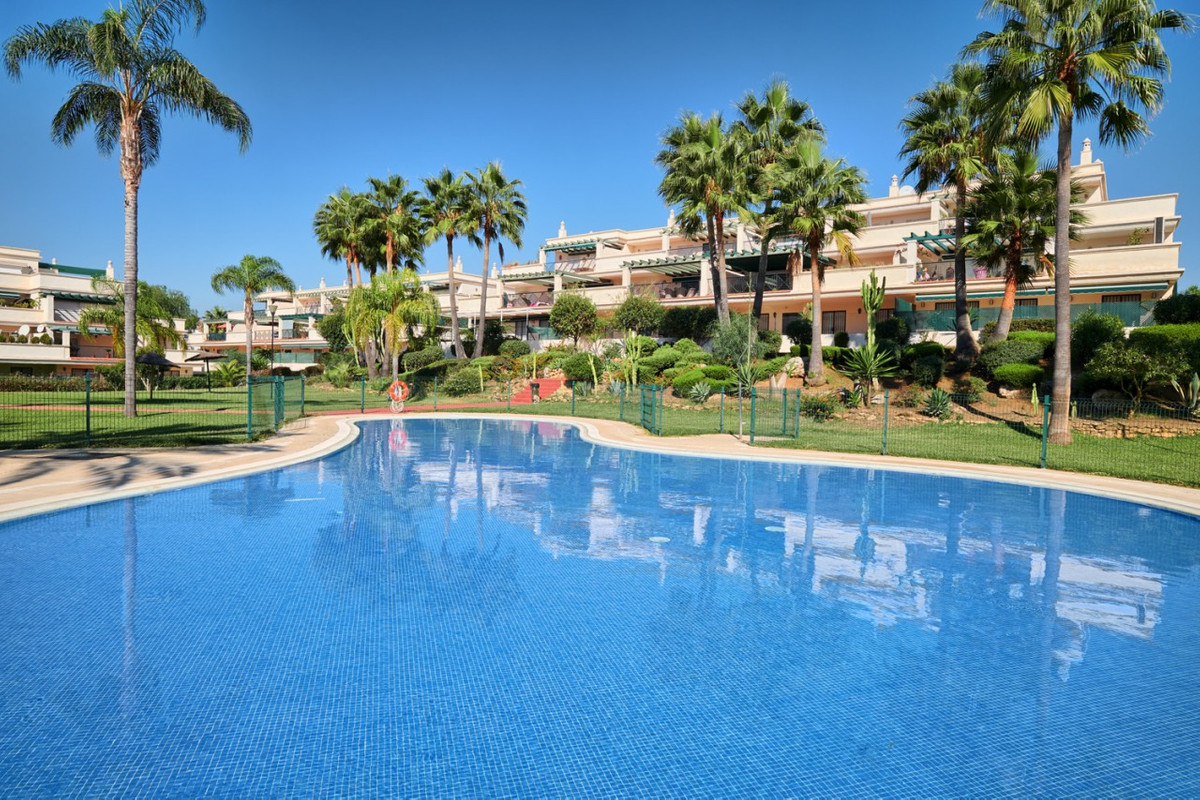 Recently renovated upper floor apartment located in a gated complex located just minutes from the be, Spain