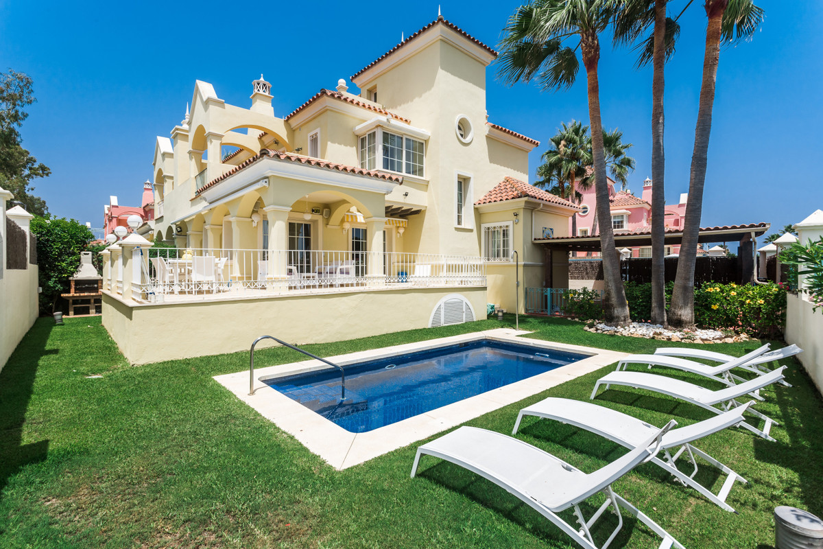 - Villa with sea views -   Villa with sea views near the promenade in an exclusive area located betw, Spain