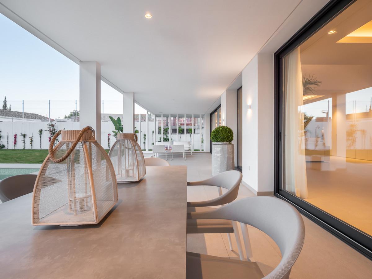 Villa con 3 Dormitorios en Venta Cancelada