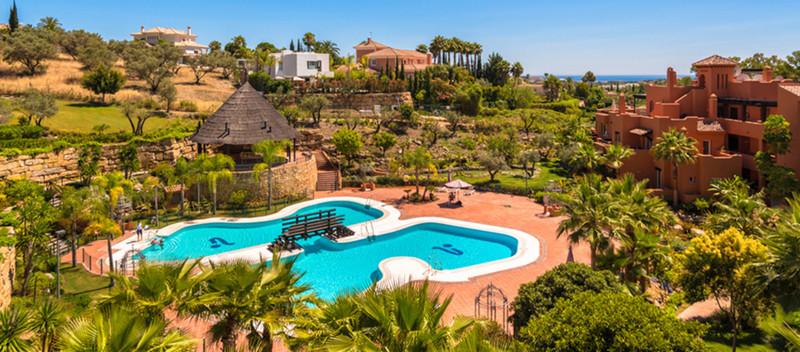 Marbella Banus Apartamento Planta Media, Nueva Andalucía – R3439852