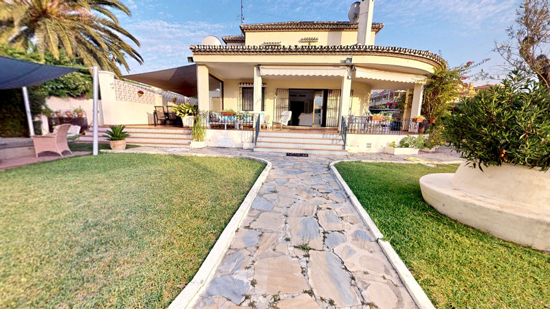 Villas for sale Nueva Andalucia 13
