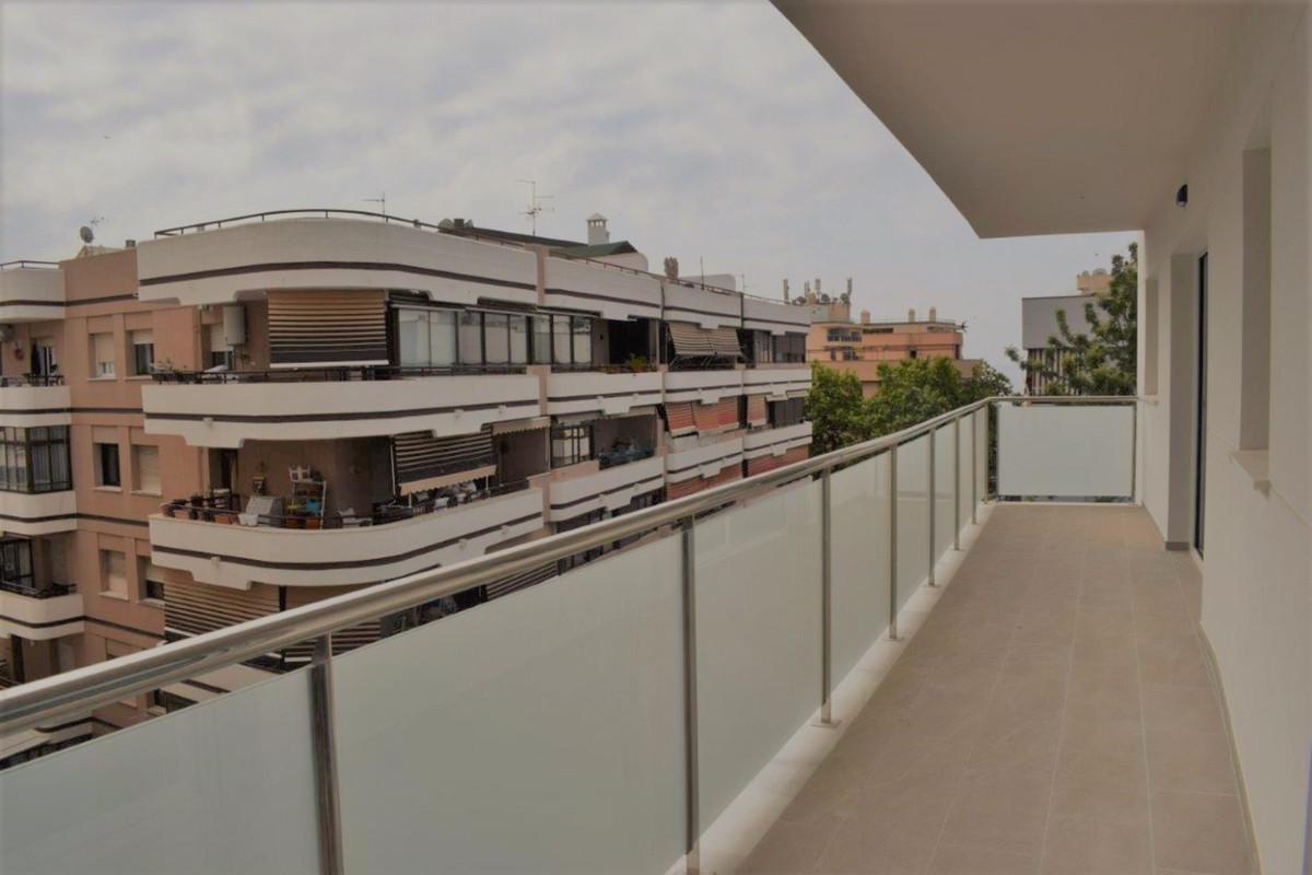Apartment for Sale in Marbella – R3445825