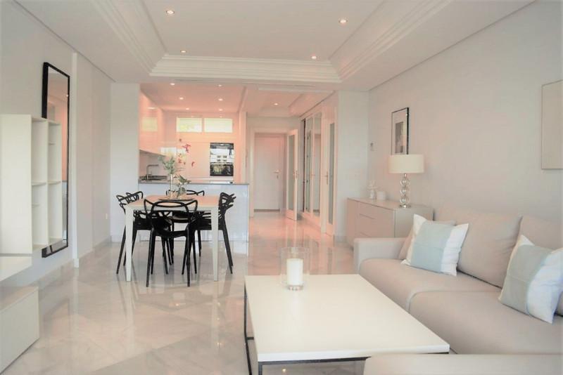 Apartamento Planta Media en venta en Marbella – R3173248