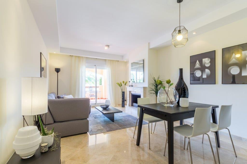 Apartamento Planta Media en Venta en Nueva Andalucía – R2899058