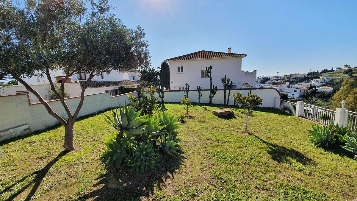 Sales - House - Benalmadena - 4 - mibgroup.es