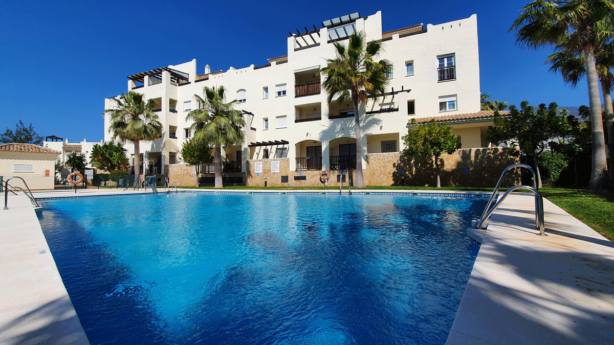 Great opportunity. It is a splendid two-bedroom apartment, with two bathrooms. The master bedroom ha, Spain