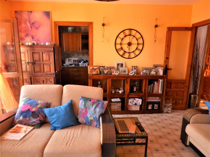 Apartamento Planta Media en venta en Benalmadena Costa – R3455386